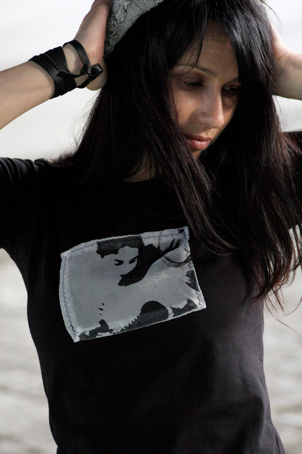 Grunger  black t-shirt
