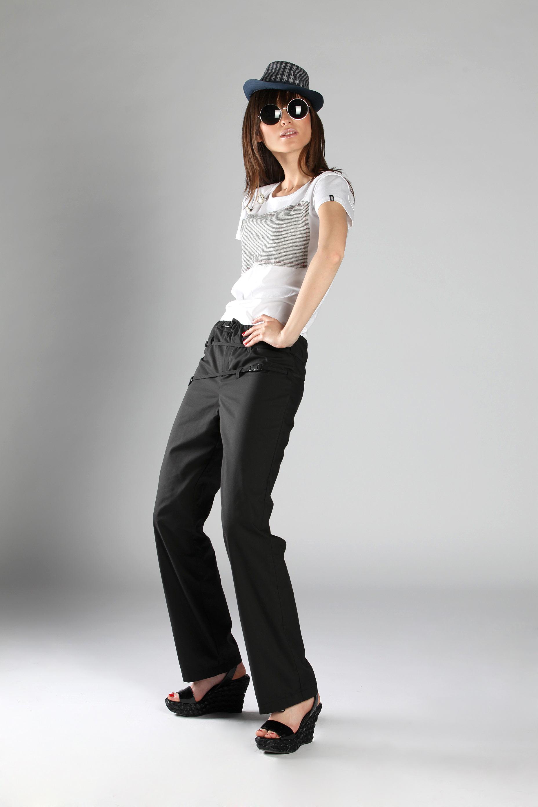 Rock on • black trousers
